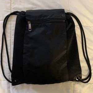 Lululemon draw string bag